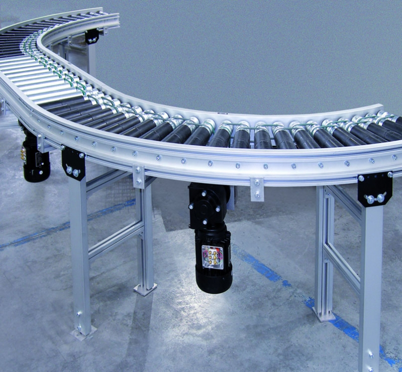O-ring driven roller conveyor with curves